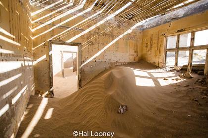 _LM47057 Abandoned Mining Village,  Kolmanskop 1